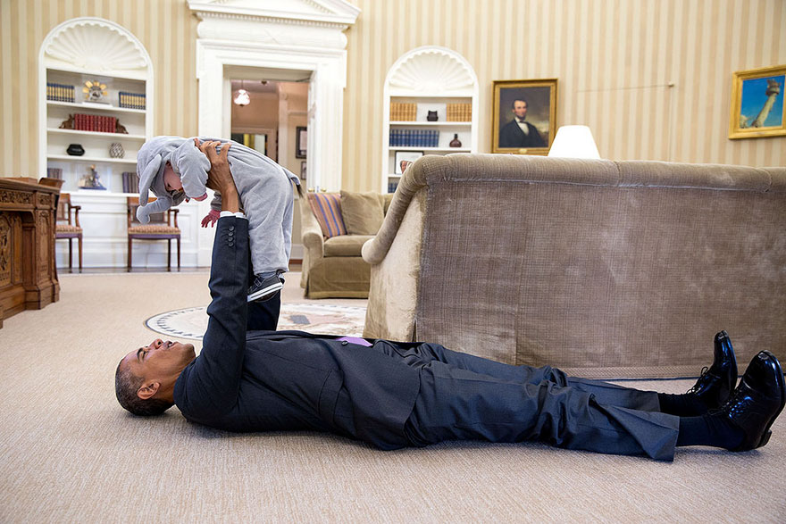Barack Obama's Photographer Clicked 2 Million Photos Of Him In 8 Years And Here Are The Best Ones!