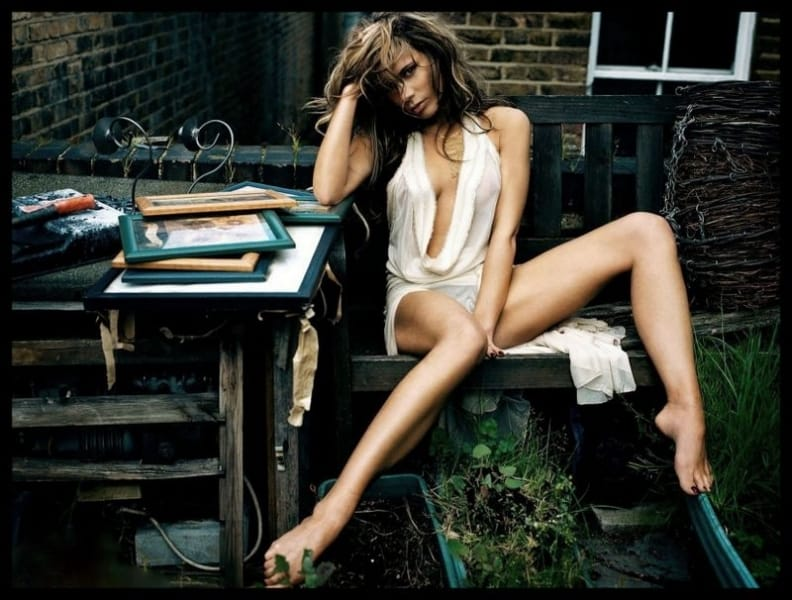 Hottest Victoria Beckham Photoshoot Pictures That Will Blow Your Senses