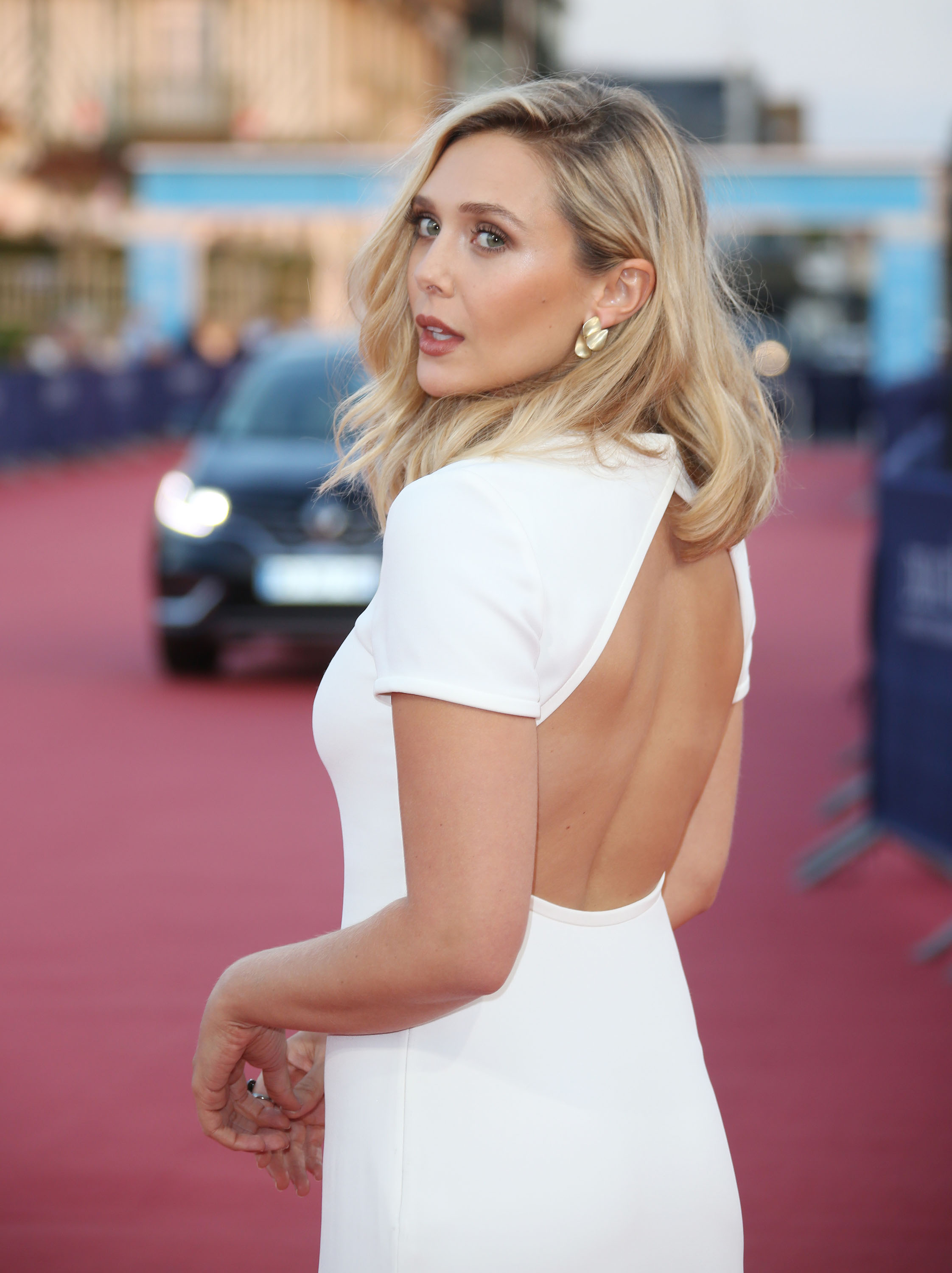 Steamiest Images Of Elizabeth Olsen Which Will Prove That She's The Perfect Fit For Scarlet Witch